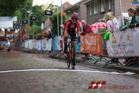 Ronde Van Steensel (12 Van 67)