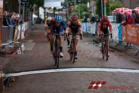 Ronde Van Steensel (15 Van 67)