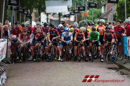 Ronde Van Steensel (19 Van 67)