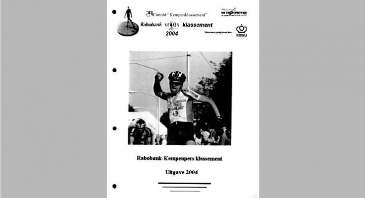 Kaft Jaarboek 2004